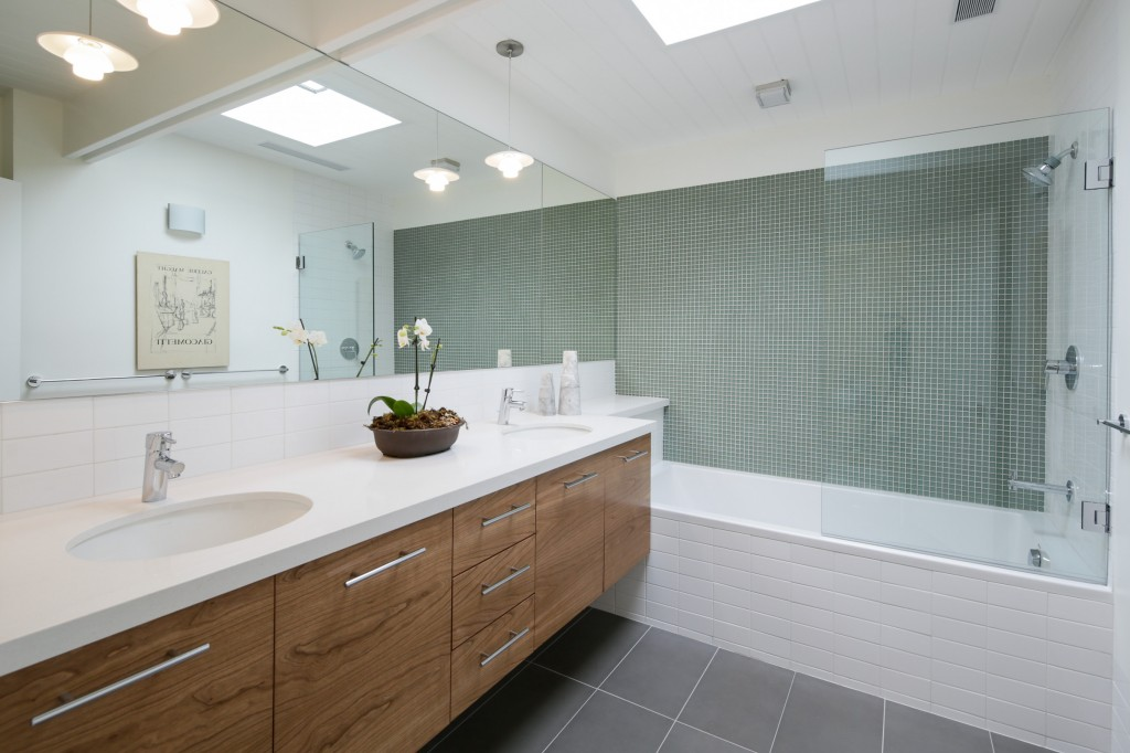 7536_kimdale_MLS_HID846757_ROOMbathroom
